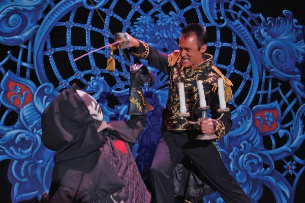 Lance Burton Master Magician fights with the villian