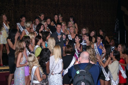 Lance Burton with Miss USA contestants
