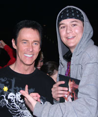 Lance Burton with Sunshine Foundation kids